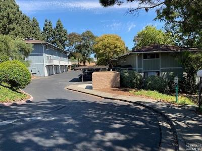 Benicia Condo/Townhouse For Sale: 138 Warwick Drive #80