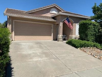 Single Family Home For Sale: 991 Cloverbrook Circle