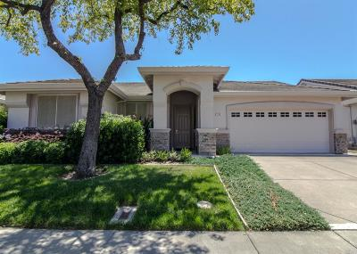 Vacaville Single Family Home For Sale: 155 Mandarin Circle