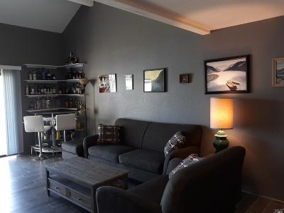 Lakeport Condo/Townhouse For Sale: 10 Royale Avenue #31C-1