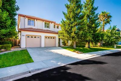 Vacaville Single Family Home For Sale: 920 Reading Way