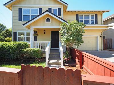 Sonoma County Single Family Home For Sale: 872 Starr Circle