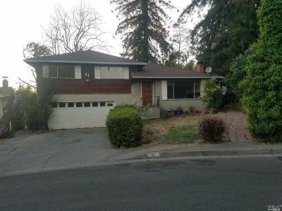Vallejo Single Family Home For Sale: 41 Los Cerritos Drive
