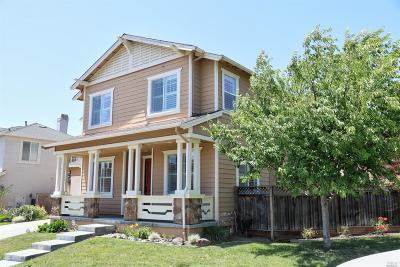 Santa Rosa Single Family Home For Sale: 1368 Gordon Lane