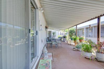 Rohnert Park Mobile Home For Sale: 252 Circulo Tierra #181