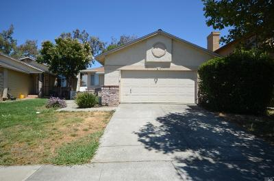 Suisun City Single Family Home For Sale: 354 Silk Oak Drive