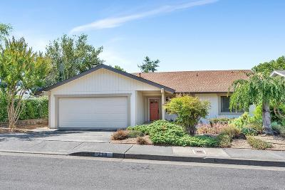Healdsburg Single Family Home For Sale: 250 Pheasant Drive