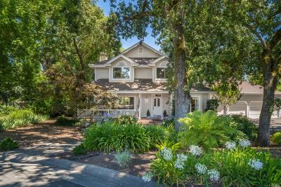 Sonoma Single Family Home For Sale: 105 Fairway Court
