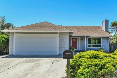 Vallejo Single Family Home For Sale: 165 Woodvale Court
