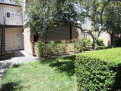 Condo/Townhouse For Sale: 8201 Camino Colegio #221