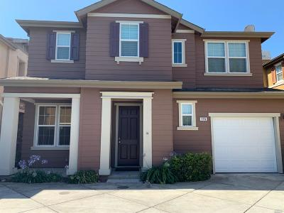 Suisun City Single Family Home For Sale: 115 Sunshine Street