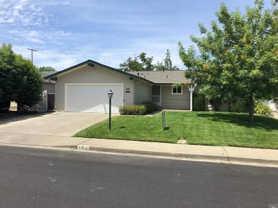 Vacaville Single Family Home For Sale: 146 Glacier Circle