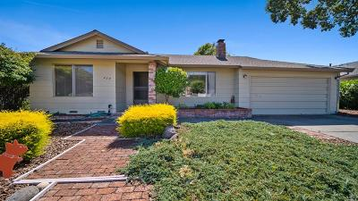 Santa Rosa Single Family Home For Sale: 468 Pythian Road