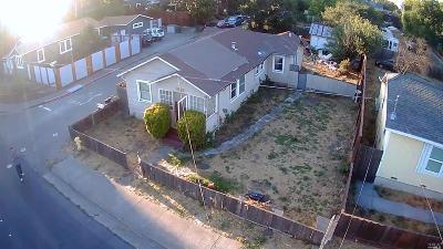 Petaluma Single Family Home For Sale: 6 Magnolia Avenue