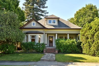 Healdsburg Single Family Home For Sale: 424 Tucker Street