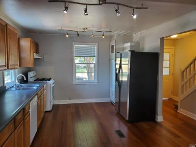 Vallejo Condo/Townhouse For Sale: 38 Parrott Street