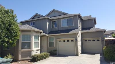 Santa Rosa Single Family Home For Sale: 2318 Andre Lane