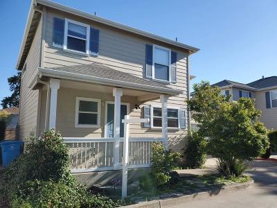 Santa Rosa Single Family Home For Sale: 705 Prince Street
