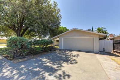 Vacaville Single Family Home For Sale: 518 Bass Drive