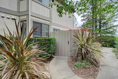 Novato Condo/Townhouse For Sale: 305 Silvio Lane