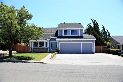 Vallejo Single Family Home For Sale: 368 Sandy Neck Way
