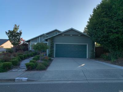 Vallejo Single Family Home For Sale: 559 North Regatta Drive