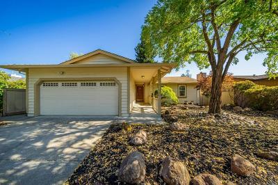 Santa Rosa CA Single Family Home For Sale: $615,000