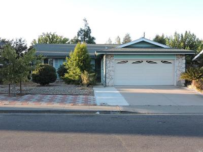 Fairfield CA Single Family Home For Sale: $350,000