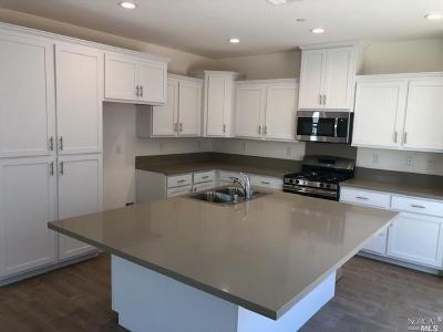 Solano County Single Family Home For Sale: 630 Sweet Pea Street