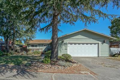 Rohnert Park Single Family Home For Sale: 116 Adele Avenue