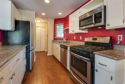 Santa Rosa Condo/Townhouse For Sale: 2508 Westberry Drive