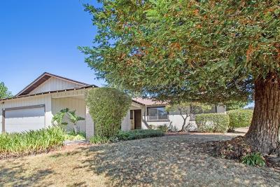 Santa Rosa Single Family Home For Sale: 2446 Northwest Darla Drive