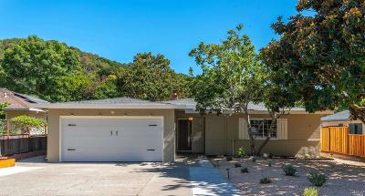 Fairfax Single Family Home For Sale: 356 Oak Manor Drive