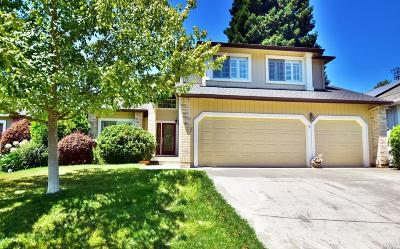 Sonoma County Single Family Home For Sale: 5095 Deerwood Drive