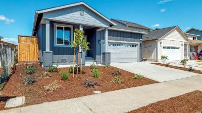 Sonoma County Single Family Home For Sale: 1659 Kerry Lane