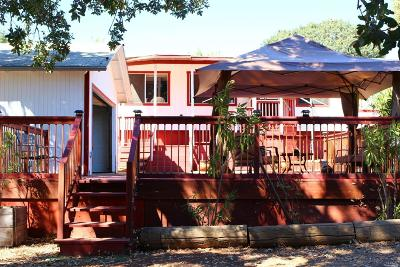 Lake County Single Family Home For Sale: 3965 Oak Avenue
