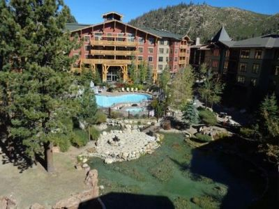 Mammoth Lakes Condo/Townhouse For Sale: 100 Canyon Blvd #3426