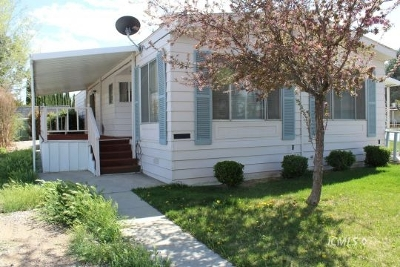 Bishop Mobile Home For Sale: 2297 Macintosh Ave