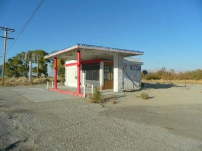 Commercial For Sale: 40 S Hwy 395