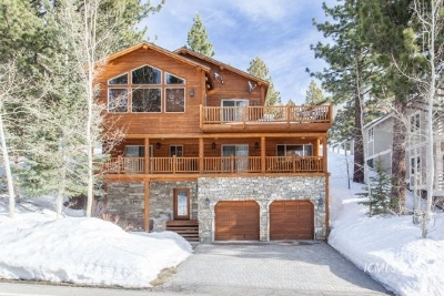 Mammoth Lakes Single Family Home Pending: 608 Majestic Pines Dr