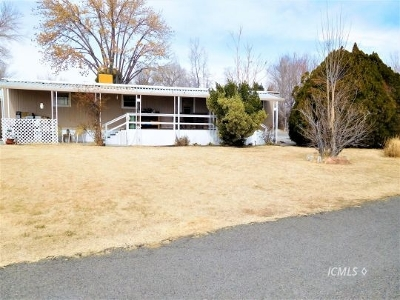 Bishop Mobile Home For Sale: 771 N Main St #79