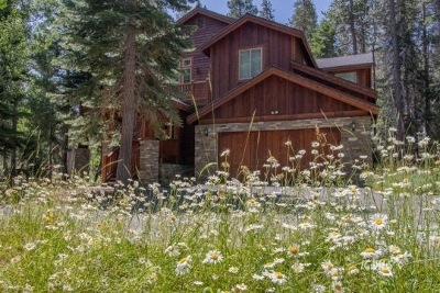 Mammoth Lakes Single Family Home For Sale: 103 Woodmen St