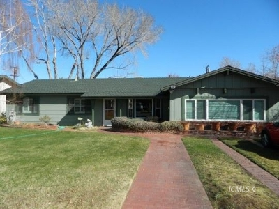 Single Family Home Sold: 2977 Indian Creek Dr