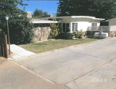 Single Family Home Pending: 230 N Tumbleweed