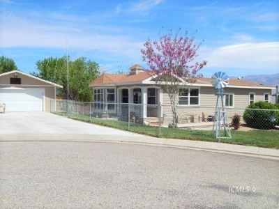 Bishop CA Single Family Home For Sale: $339,900