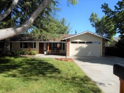 Big Pine, Bishop Single Family Home Pending: 3011 Indian Creek