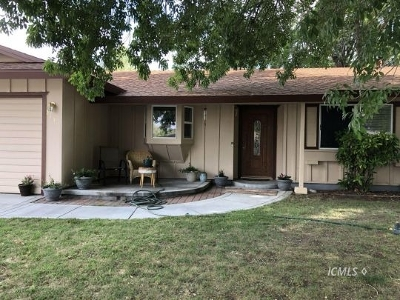 Big Pine Single Family Home For Sale: 213 Terrace