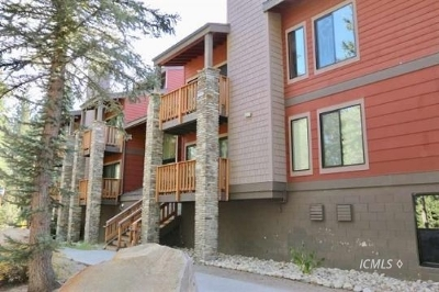 Mammoth Lakes Condo/Townhouse For Sale: 3253 Meridian Blvd #299