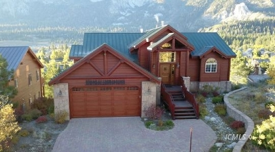 Mammoth Lakes Single Family Home For Sale: 105 Panorama Dr