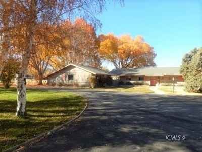 Single Family Home Sold: 2347 Longview